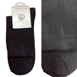 носки мужские классические с продольным геометрическим орнаментом 421